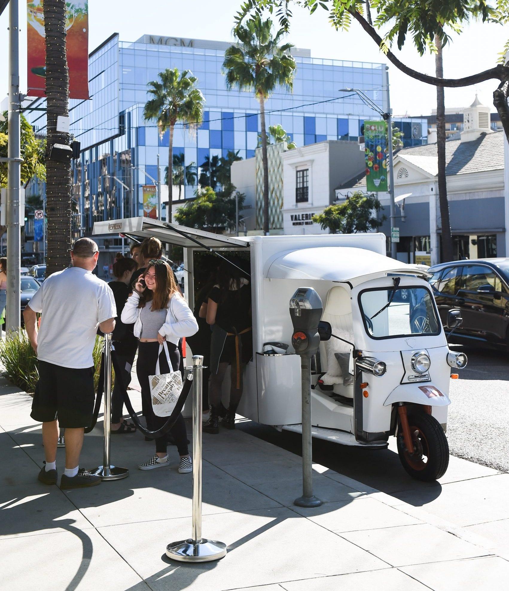 Mobile pop-up shop Nespresso