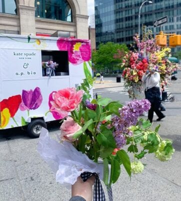 """""""Broadway in Bloom"""" Gives Visual Love Letter to Moms & New York City"""